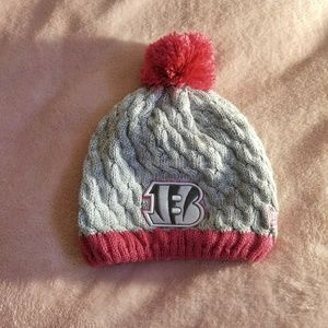 New era winter hat symbol of cancer